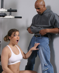 Working Out My Pussy's Third Appearance Interracial Oral Creampie